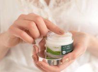 Soutěž o účinný vyživující denní krém Curaloe se 75% Aloe Vera