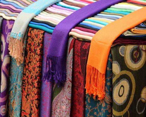 Vyhrajte etno šátek od Stoklasy